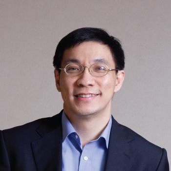 ดร. สมเกียรติ  ตั้งกิจวานิชย์
