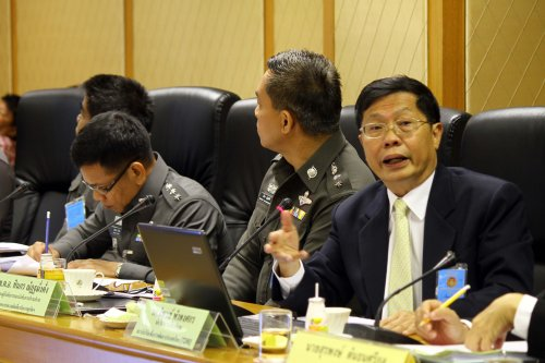 นายนิพนธ์ พัวพงศกร นักวิชาการเกียรติคุณสถาบันวิจัยเพื่อพัฒนาประเทศไทย