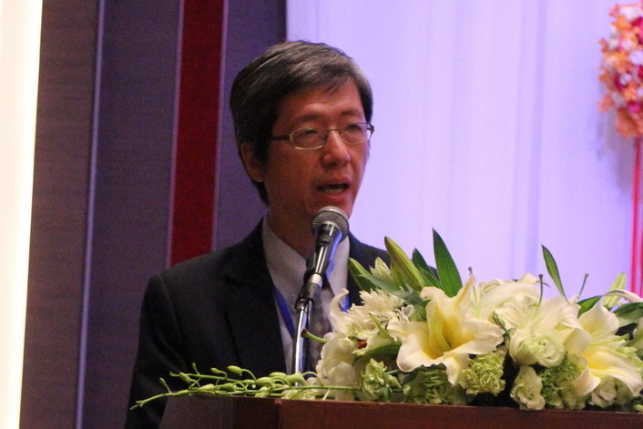ดร. สมชัย จิตสุชน ผู้อำนวยการวิจัยด้านการพัฒนาอย่างทั่วถึง สถาบันวิจัยเพื่อการพัฒนาประเทศไทย